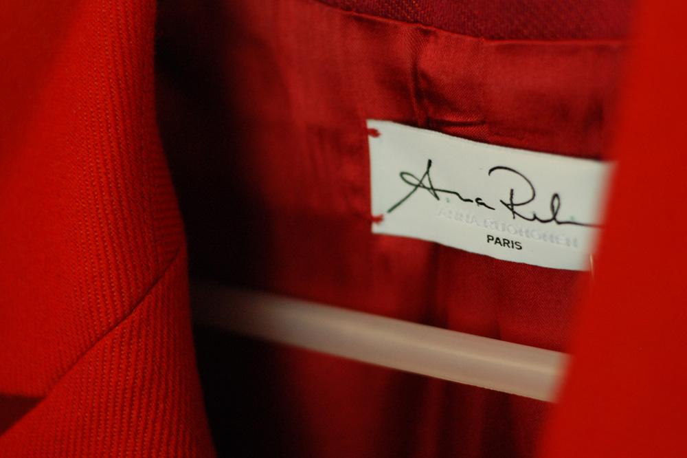 Anna Ruohonen – La Petite Maison de Couture, Etiquette