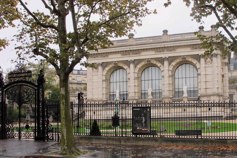 Ladurée se met à l'heure du Palais Galliera