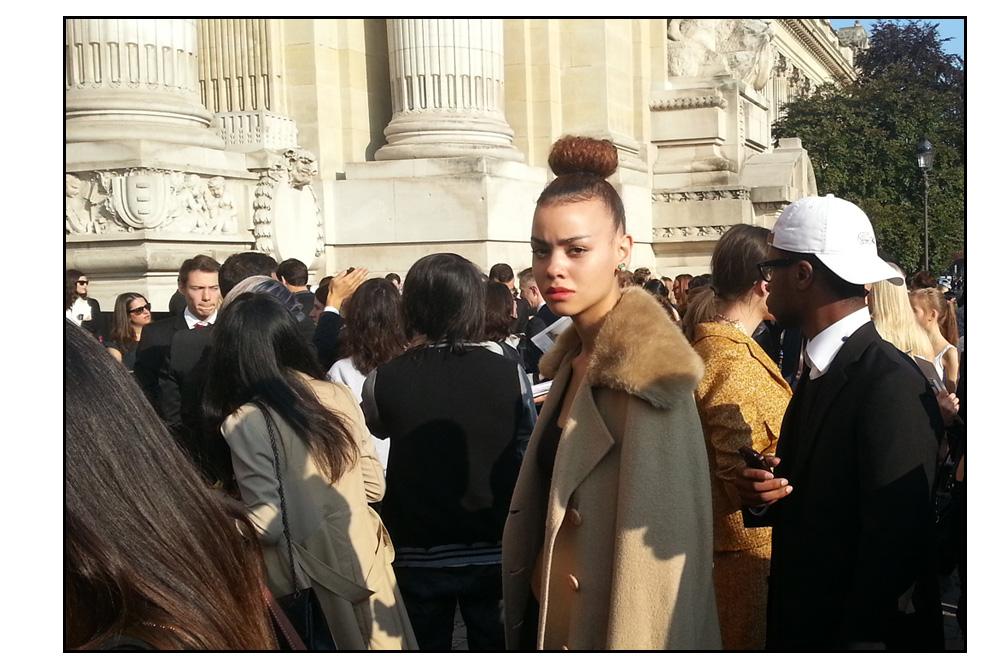 How-Do-I-Look_septembre-2014_v22_Chanel-SS15_Grand-palais