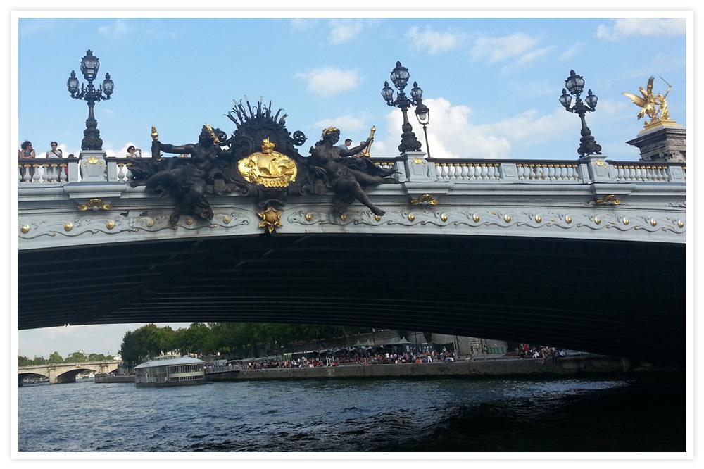 Paris-est-une-fete_v14_pont-Alma