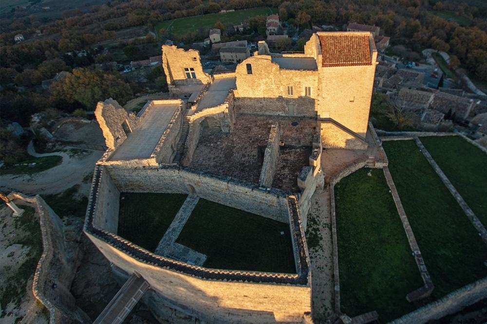 Le château Lacoste