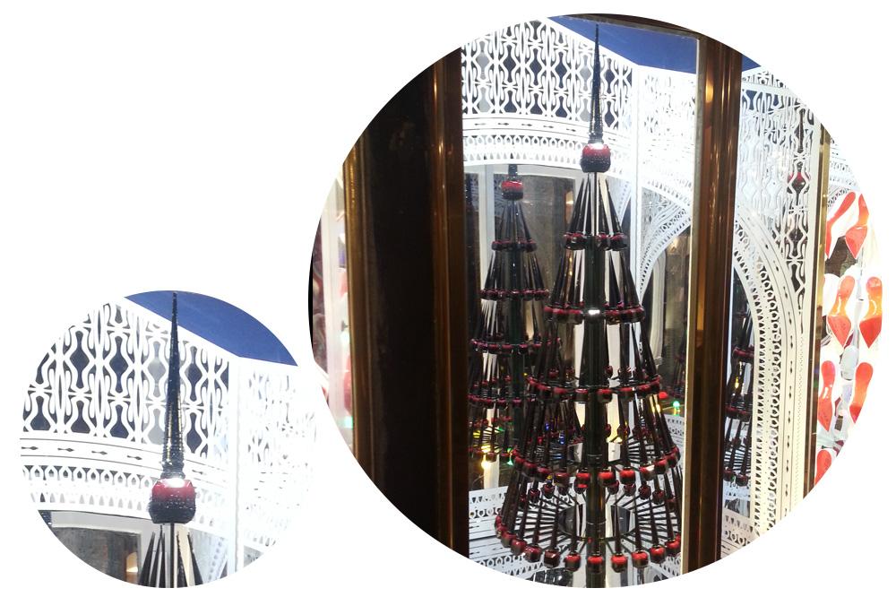 vitrines-de-noel-Paris_2014_stephane-chemin_30_Christian-Louboutin