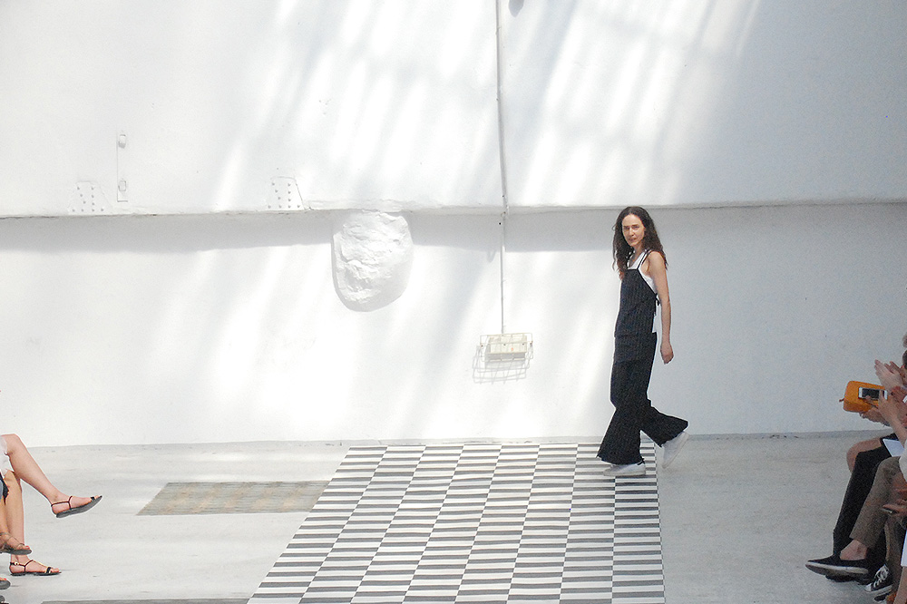 224-_hommes-_femmes_menswear-ss-16-paris-fashion-week_le-Mot-la-Chose_Stephane-Chemin-photographe-freelance_21