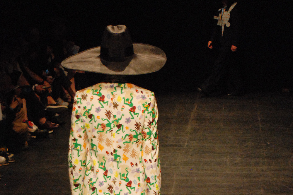 Walter-van-Beirendonck_menswear-ss-16-paris-fashion-week_le-Mot-la-Chose_Stephane-Chemin-photographe-freelance_07