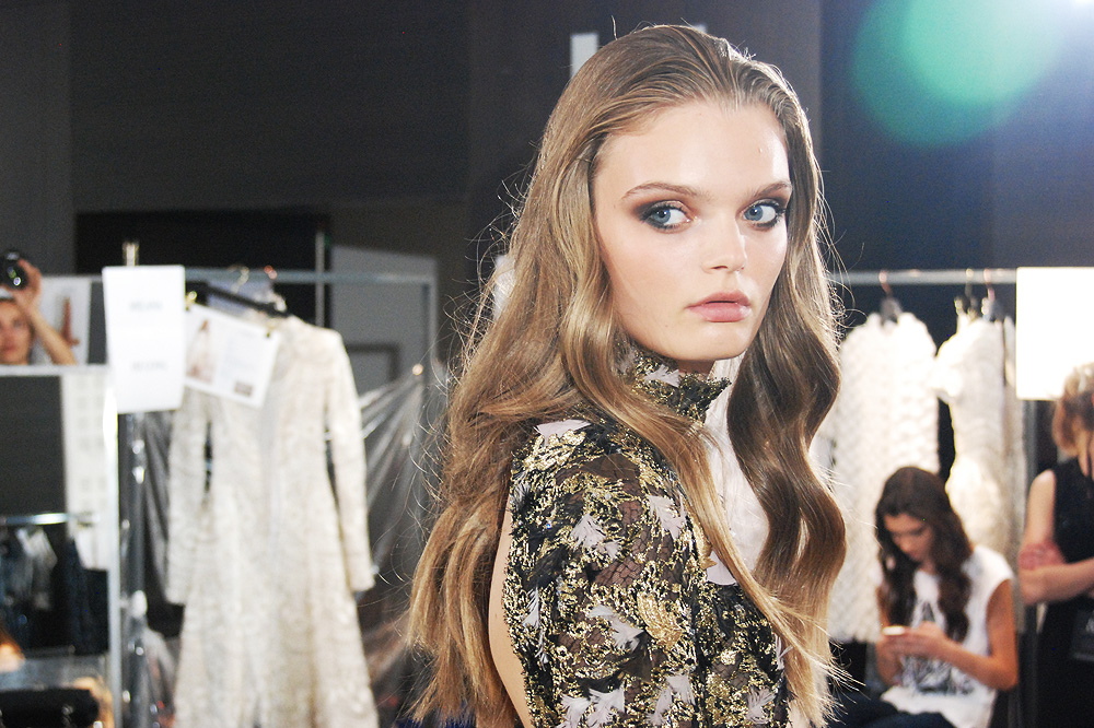 Backstage_D_Ralph-Russo_haute-couture-fw1516-paris-fashion-week_le-Mot-la-Chose_Stephane-Chemin-photographe-freelance_07