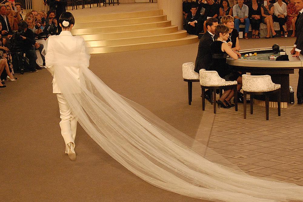 Chanel_Karl-Lagerfeld_haute-couture-fw1516-paris-fashion-week_le-Mot-la-Chose_Stephane-Chemin-photographe-freelance_45