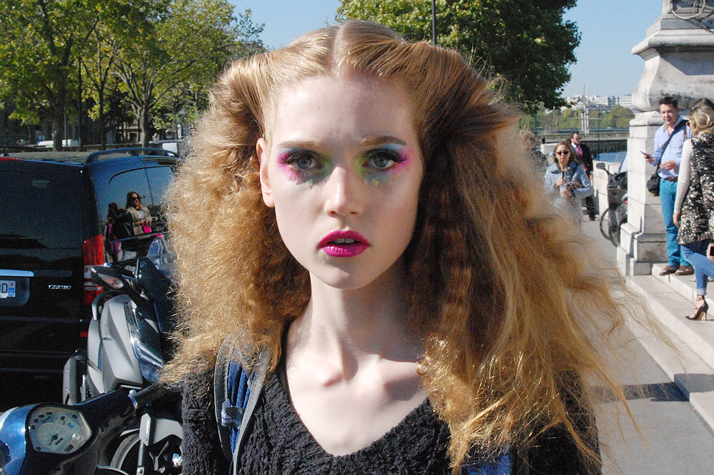 02_how-do-I-look-paris-fashion-week-pfw-ss16_le-mot-la-chose_copyright-stephane-chemin_manish-arora_08