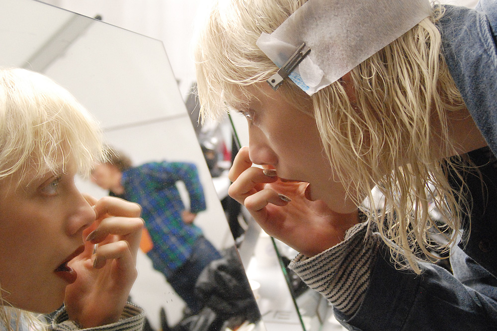 PFW-ss16_Backstage_KENZO_le-mot-lachose_copyright-Stephane-Chemin-photographe-freelance_10