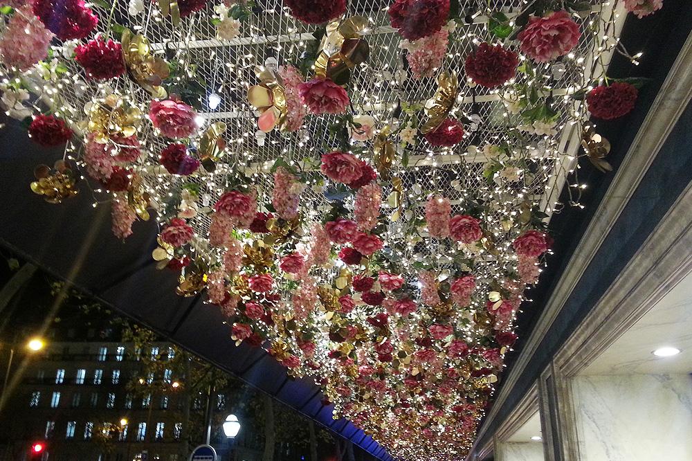 vitrine-grands-magasins-paris-noel-2015_le-mot-et-la-chose_04_le-printemps