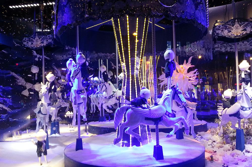 vitrine-grands-magasins-paris-noel-2015_le-mot-et-la-chose_05_le-printemps