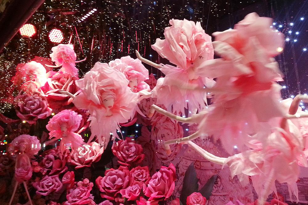 vitrine-grands-magasins-paris-noel-2015_le-mot-et-la-chose_12_le-printemps