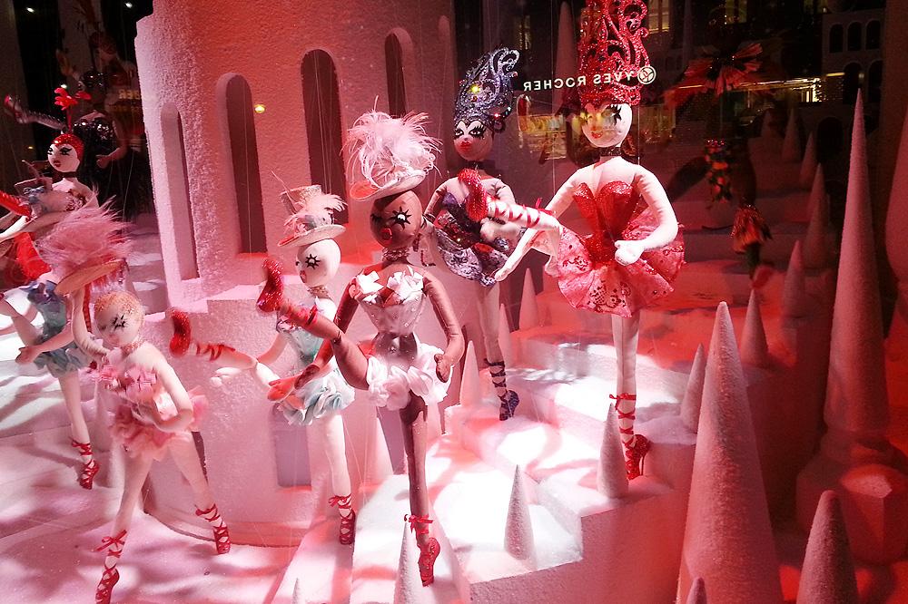 vitrine-grands-magasins-paris-noel-2015_le-mot-et-la-chose_14_le-printemps