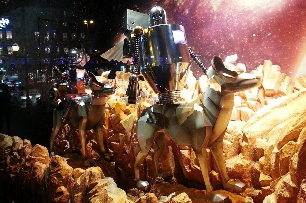 vitrine-grands-magasins-paris-noel-2015_le-mot-et-la-chose_19_galeries-lafayette