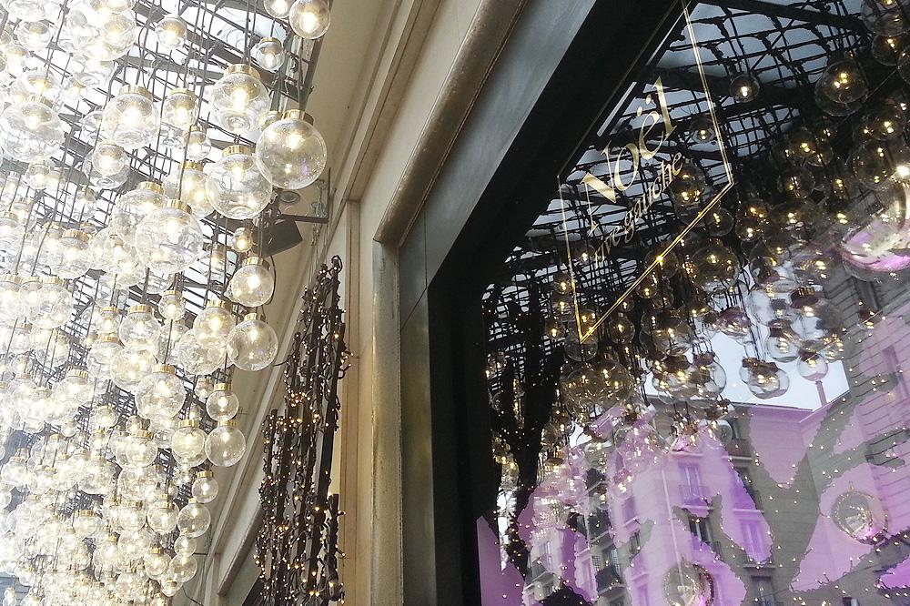 vitrine-grands-magasins-paris-noel-2015_le-mot-et-la-chose_50_le-bon-marche
