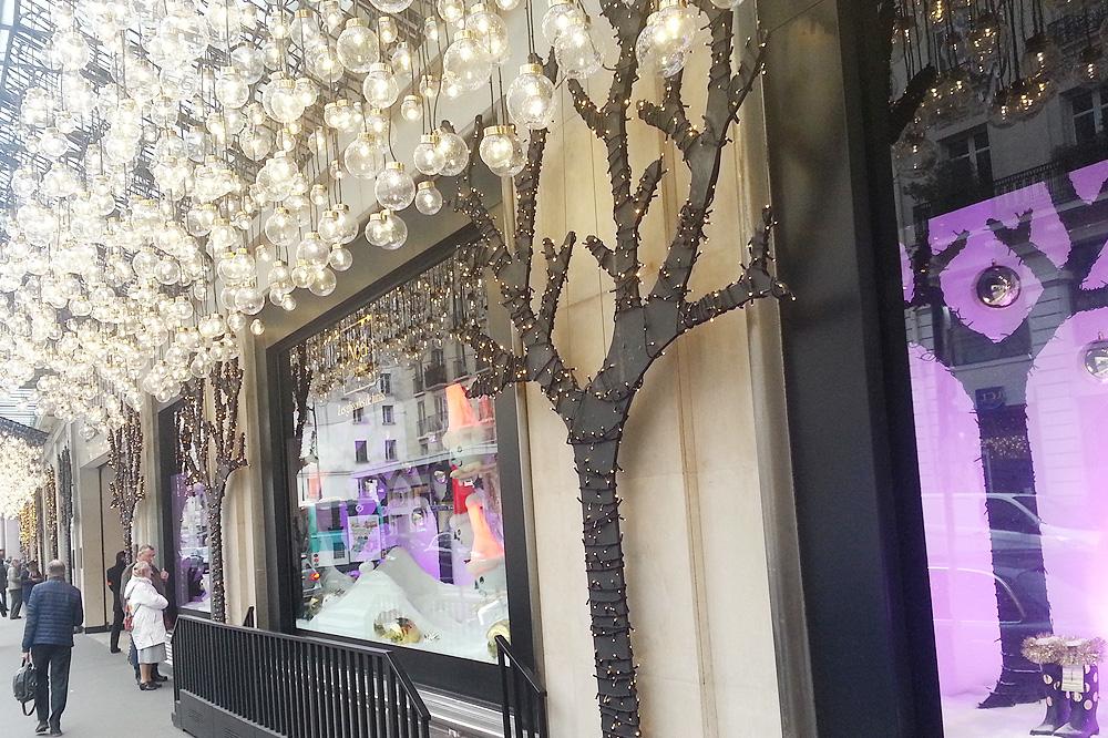 vitrine-grands-magasins-paris-noel-2015_le-mot-et-la-chose_51_le-bon-marche