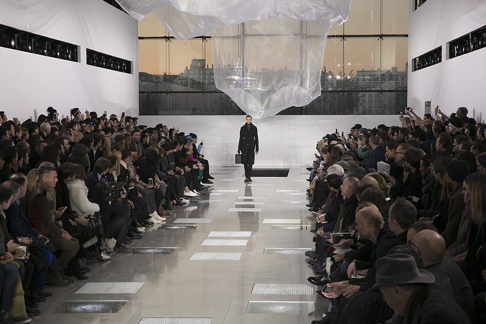 Louis-Vuitton_menswear-fw1617-paris-fashion-week_le-Mot-la-Chose_Stephane-Chemin-photographe-freelance_03