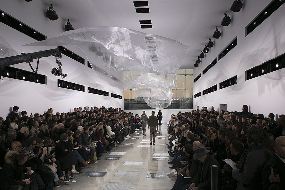 Louis-Vuitton_menswear-fw1617-paris-fashion-week_le-Mot-la-Chose_Stephane-Chemin-photographe-freelance_16
