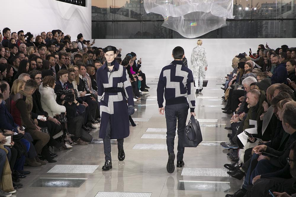 Louis-Vuitton_menswear-fw1617-paris-fashion-week_le-Mot-la-Chose_Stephane-Chemin-photographe-freelance_25