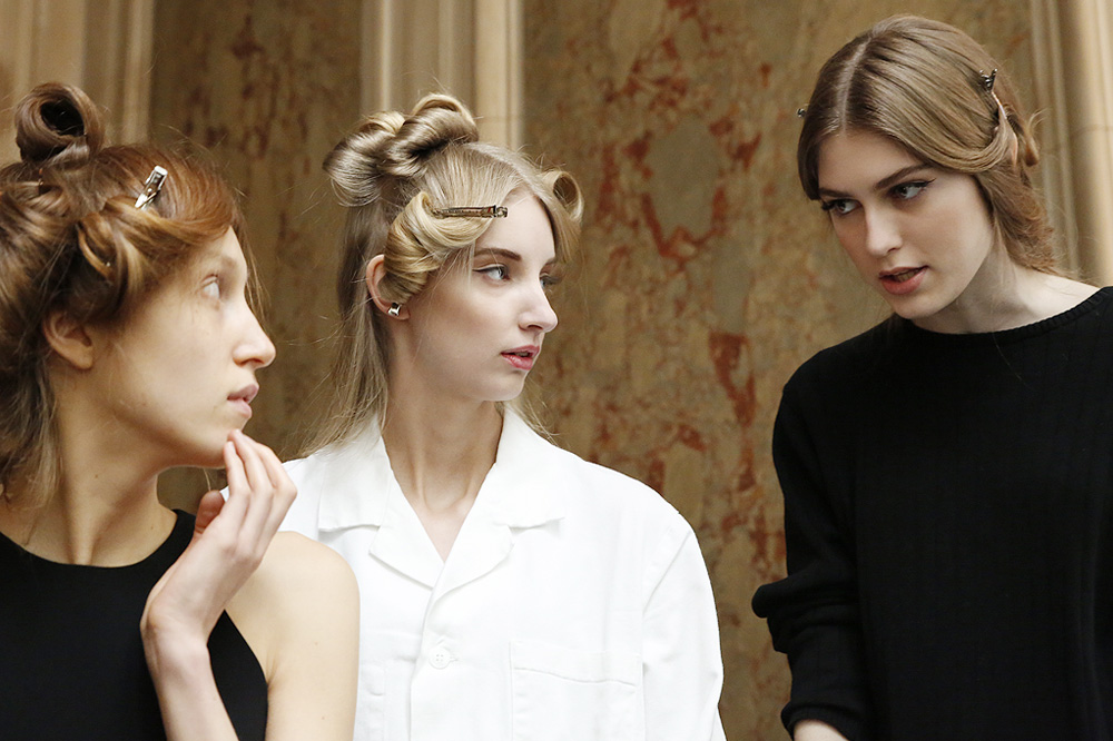 A_Stephane-Rolland_Backstage-Haute-Coutures_02_16-paris-fashion-week_le-Mot-la-Chose_Stephane-Chemin-photographe-freelance_02