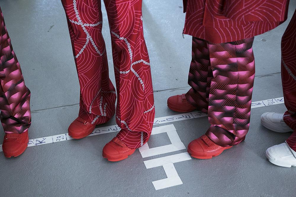 B_Kenzo_Backstage-Homme-fw1617-paris-fashion-week_le-Mot-la-Chose_Stephane-Chemin-photographe-freelance_11_