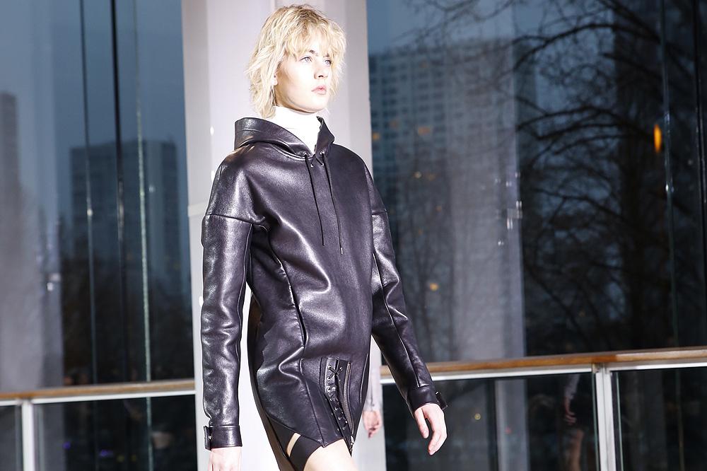 ANTHONY-VACCARELLO_womenswear-fw1617-paris-fashion-week_le-Mot-la-Chose_Stephane-Chemin-photographe-freelance_04