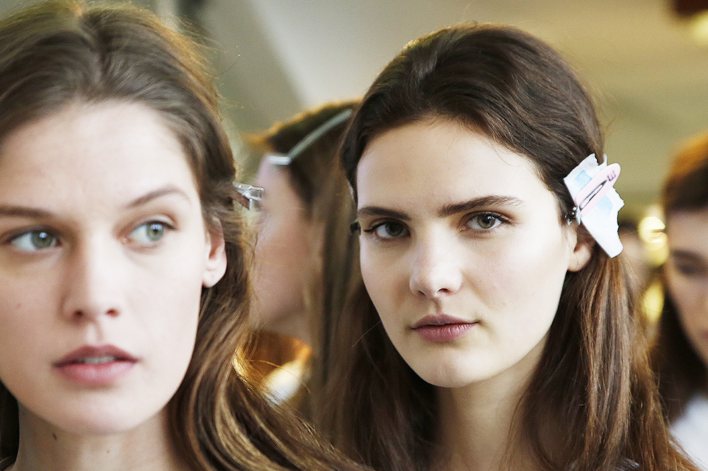 B_Anthonio-Vaccarelo_BACKSTAGE_womenswear-fw1617-paris-fashion-week_le-Mot-la-Chose_Stephane-Chemin-photographe-freelance_01