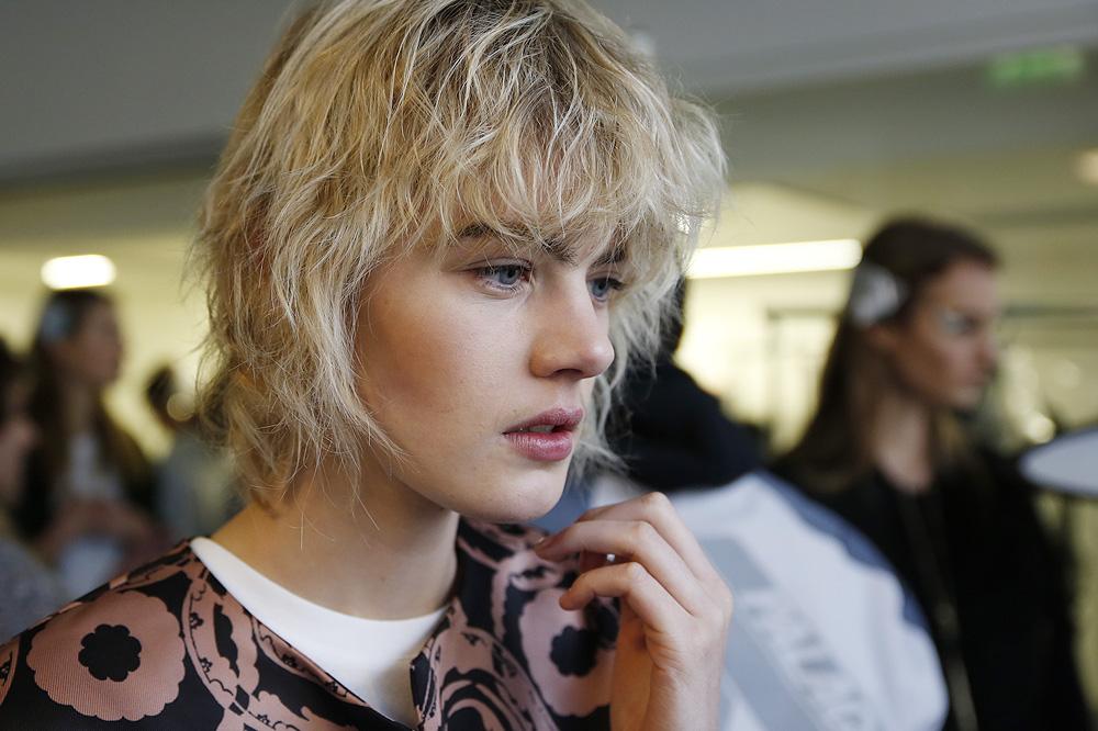 B_Anthonio-Vaccarelo_BACKSTAGE_womenswear-fw1617-paris-fashion-week_le-Mot-la-Chose_Stephane-Chemin-photographe-freelance_02