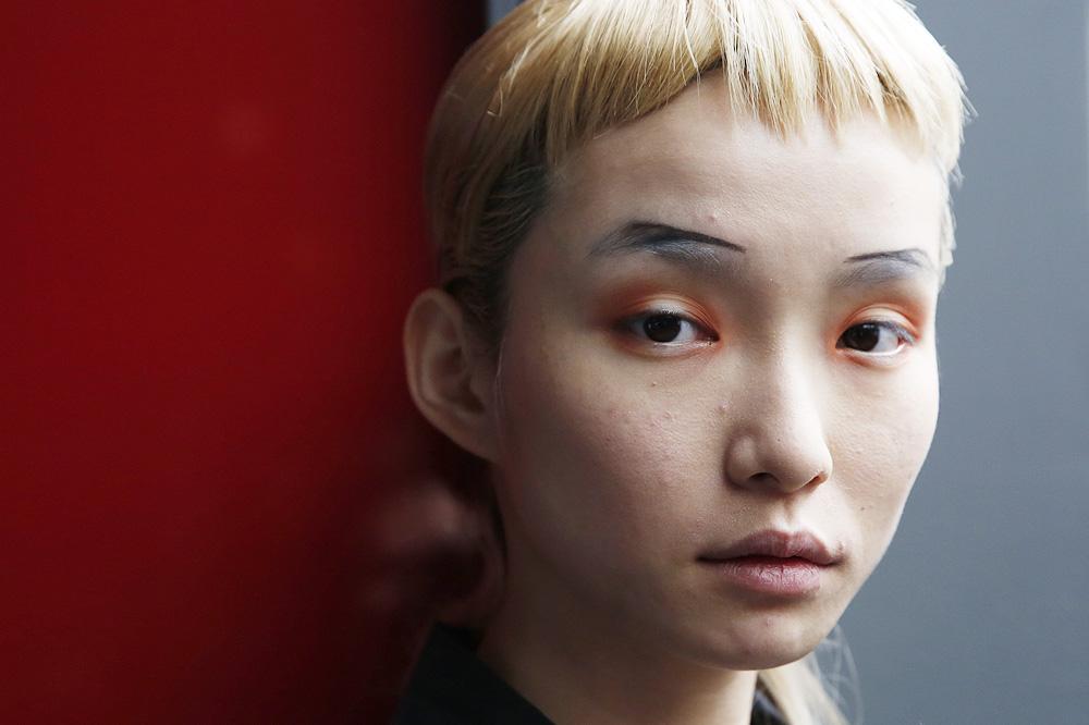 C_Anne-Sofie-Madsen_BACKSTAGE_womenswear-fw1617-paris-fashion-week_le-Mot-la-Chose_Stephane-Chemin-photographe-freelance_01
