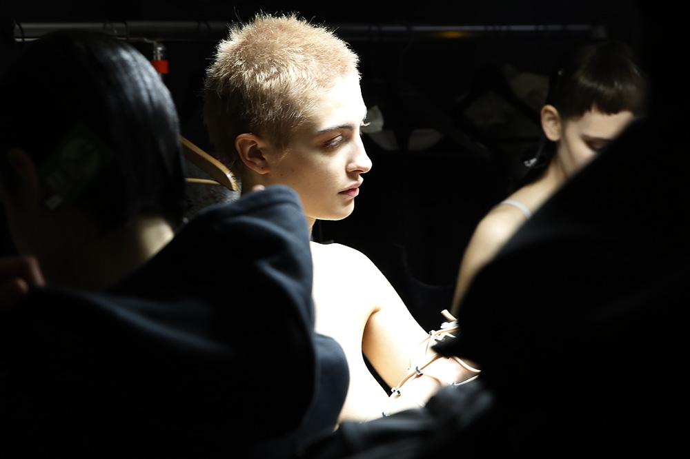 C_Anne-Sofie-Madsen_BACKSTAGE_womenswear-fw1617-paris-fashion-week_le-Mot-la-Chose_Stephane-Chemin-photographe-freelance_07
