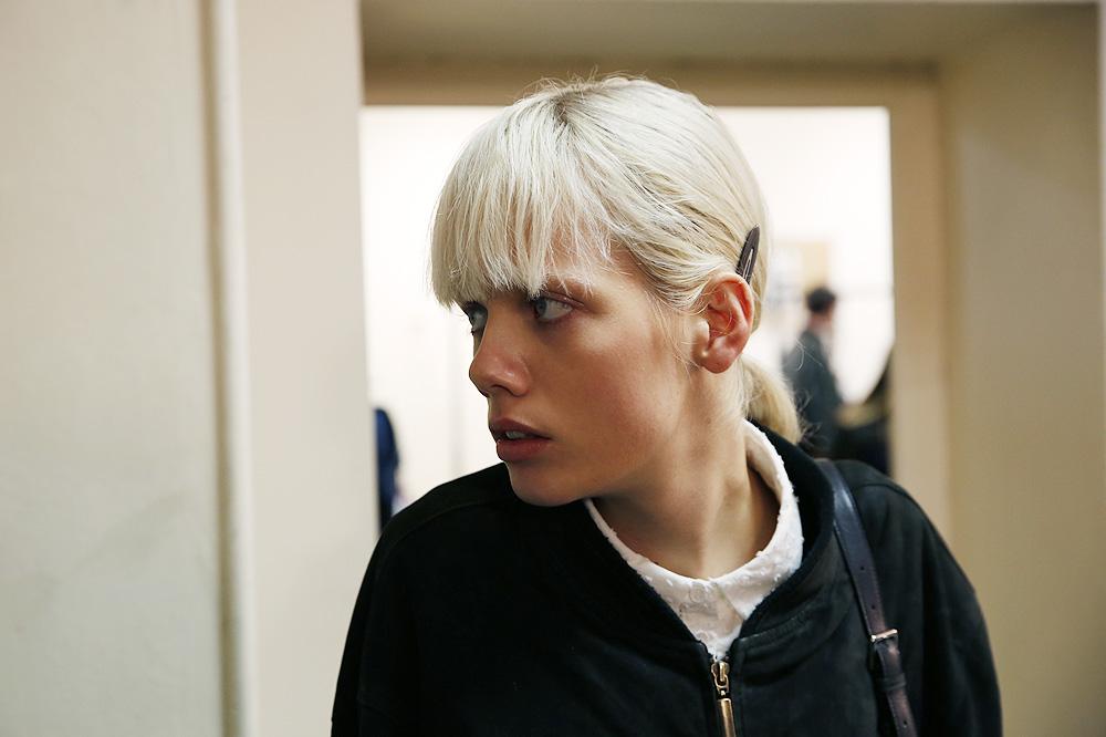 F_John-Galliano_BACKSTAGE_womenswear-fw1617-paris-fashion-week_le-Mot-la-Chose_Stephane-Chemin-photographe-freelance_02