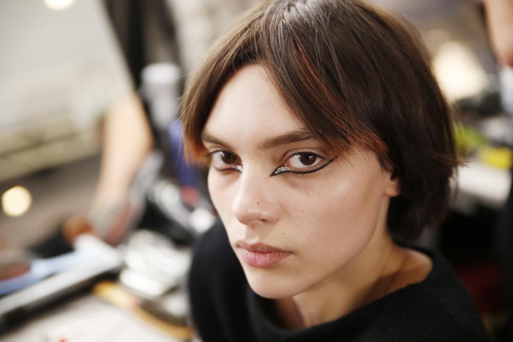 G_Kenzo_BACKSTAGE_womenswear-fw1617-paris-fashion-week_le-Mot-la-Chose_Stephane-Chemin-photographe-freelance_06