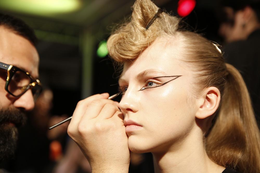 G_Kenzo_BACKSTAGE_womenswear-fw1617-paris-fashion-week_le-Mot-la-Chose_Stephane-Chemin-photographe-freelance_07