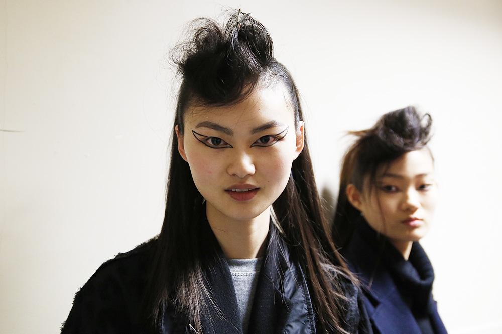 G_Kenzo_BACKSTAGE_womenswear-fw1617-paris-fashion-week_le-Mot-la-Chose_Stephane-Chemin-photographe-freelance_11