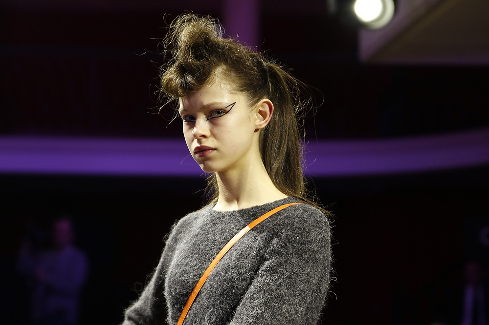 G_Kenzo_BACKSTAGE_womenswear-fw1617-paris-fashion-week_le-Mot-la-Chose_Stephane-Chemin-photographe-freelance_19