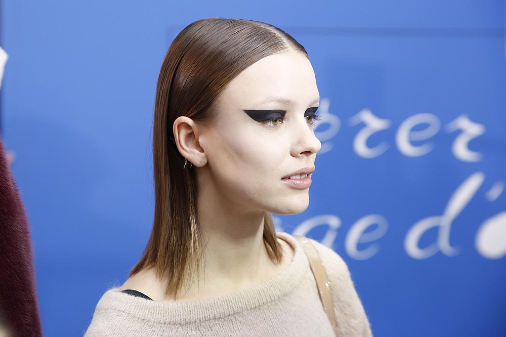 H_Yde_BACKSTAGE_womenswear-fw1617-paris-fashion-week_le-Mot-la-Chose_Stephane-Chemin-photographe-freelance_10