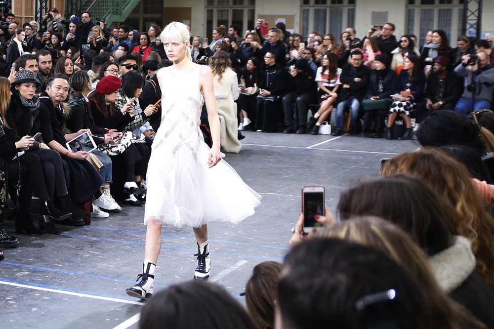 John-Galliano_womenswear-fw1617-paris-fashion-week_le-Mot-la-Chose_Stephane-Chemin-photographe-freelance_07
