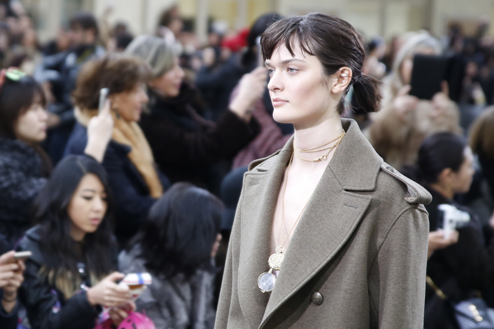 John-Galliano_womenswear-fw1617-paris-fashion-week_le-Mot-la-Chose_Stephane-Chemin-photographe-freelance_11