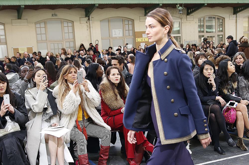 John-Galliano_womenswear-fw1617-paris-fashion-week_le-Mot-la-Chose_Stephane-Chemin-photographe-freelance_18