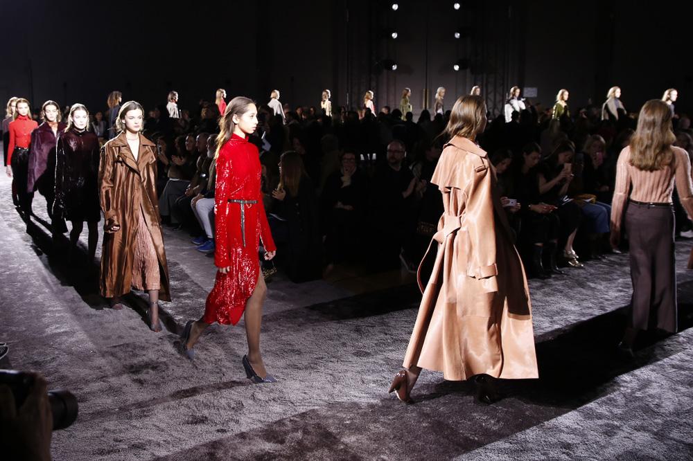 Nina-Ricci_womenswear-fw1617-paris-fashion-week_le-Mot-la-Chose_Stephane-Chemin-photographe-freelance_24