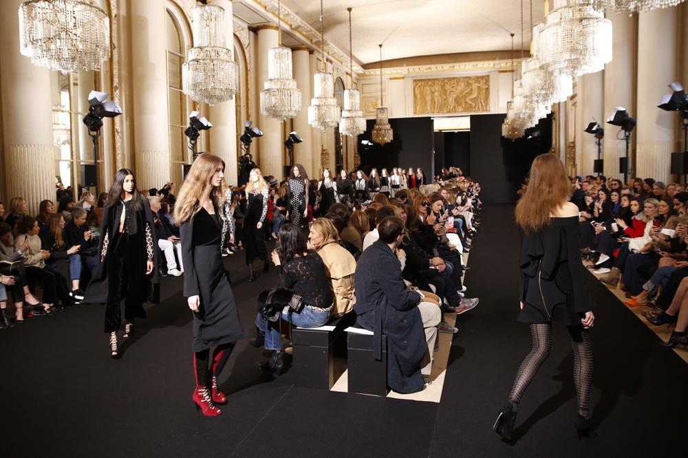 Roland-Mouret_womenswear-fw1617-paris-fashion-week_le-Mot-la-Chose_Stephane-Chemin-photographe-freelance_21