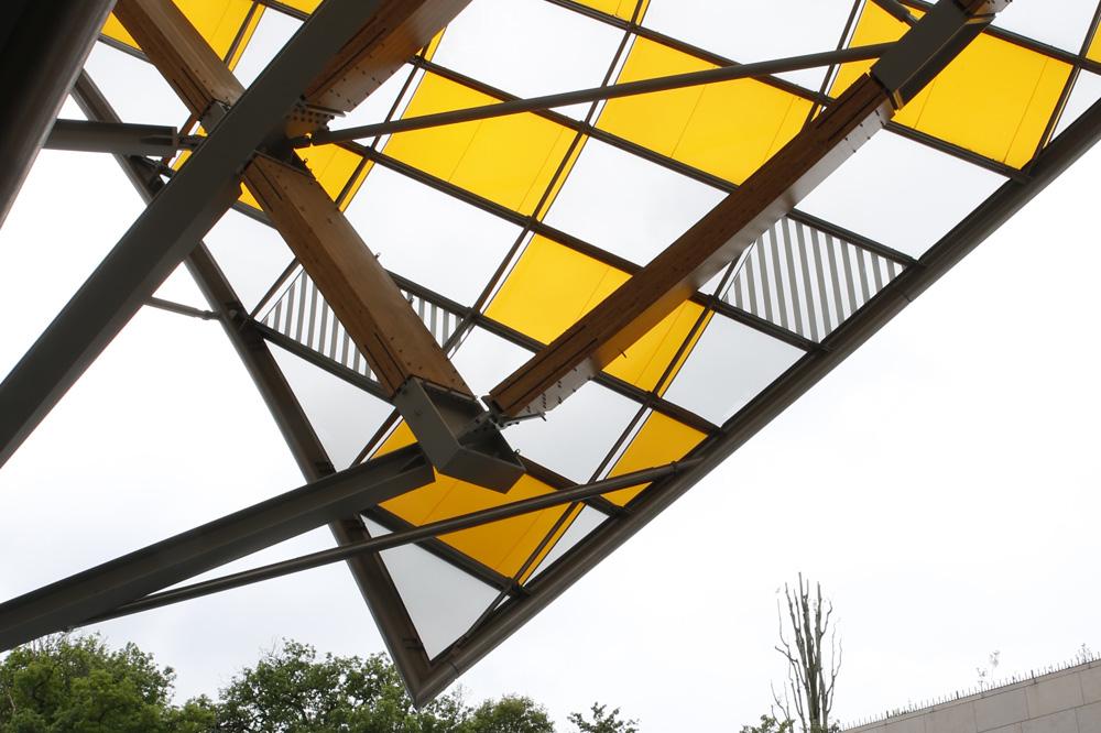 Daniel-Buren_l-observatoire-de-la-lumiere_fondation-louis-vuitton_le-mot-et-la-chose_stephane-chemin_21