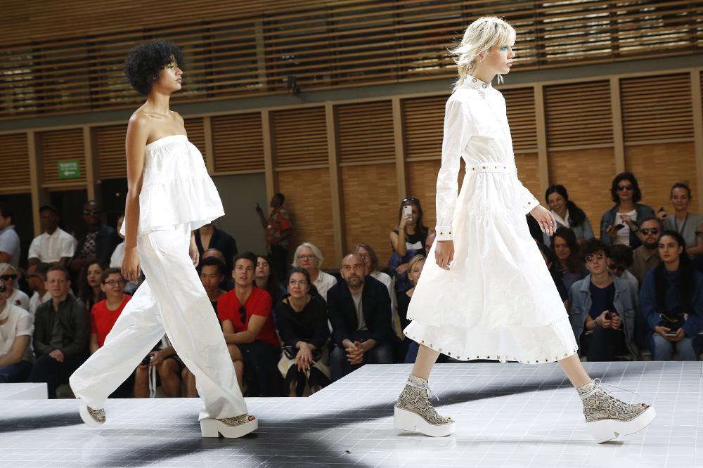 kenzo_paris-fashion-week_menswear-ss17_le-mot-et-la-chose_copyright-stephane-chemin-photographe_39