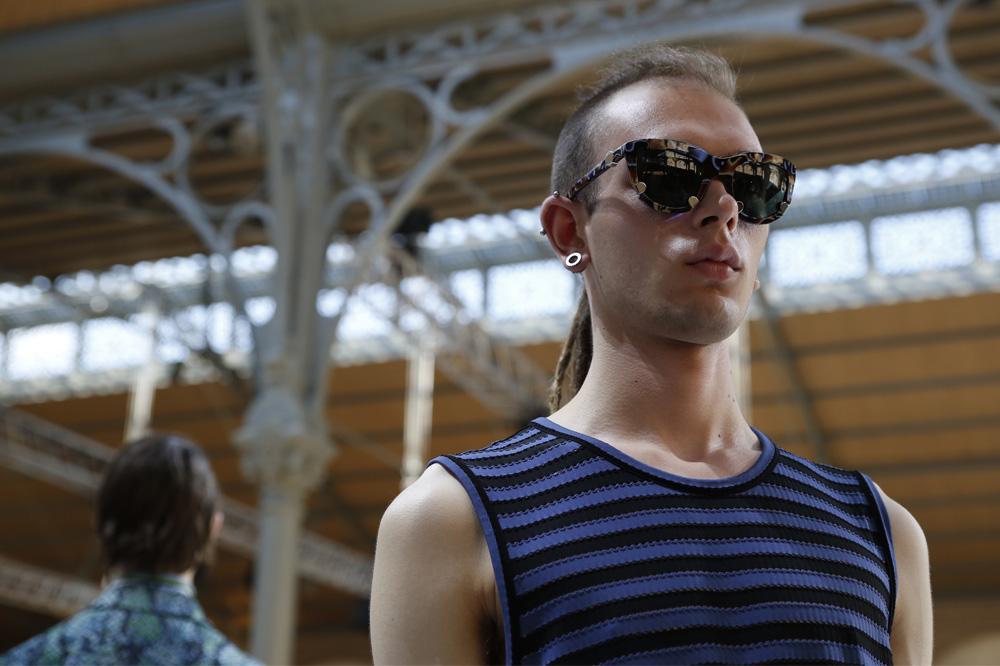 kenzo_paris-fashion-week_menswear-ss17_le-mot-et-la-chose_copyright-stephane-chemin-photographe_43