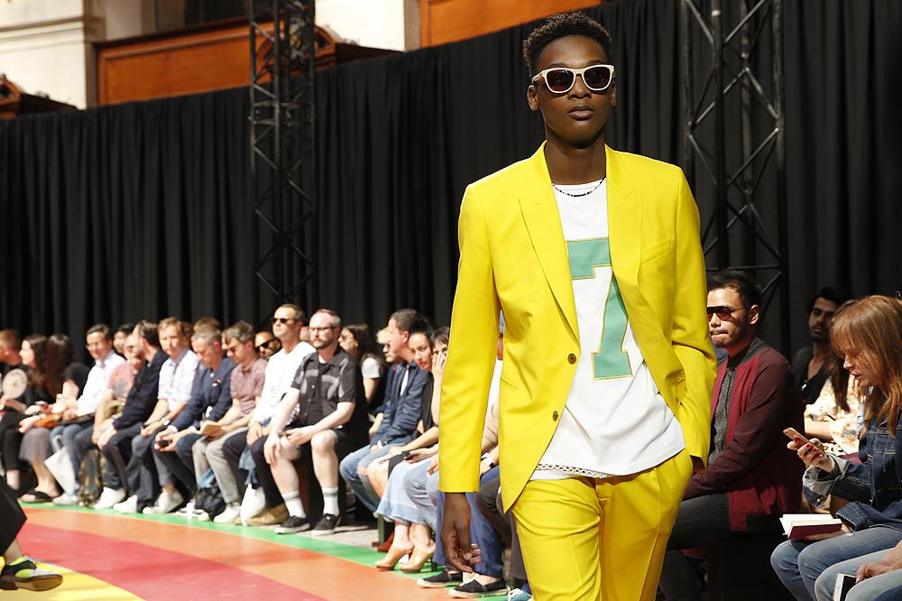 paul-smith_paris-fashion-week_menswear-ss17_le-mot-et-la-chose_copyright-stephane-chemin-photographe_40
