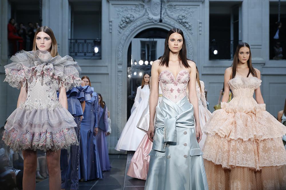 Alexis-Mabille_Haute-couture-fw1617-paris-fashion-week_le-Mot-la-Chose_Stephane-Chemin-photographe-freelance_19