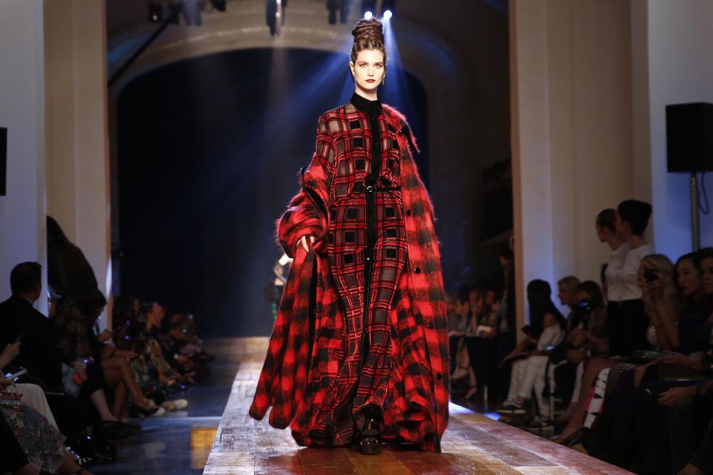 jean-paul-gaultier_Haute-couture-fw1617-paris-fashion-week_le-Mot-la-Chose_Stephane-Chemin-photographe-freelance_23