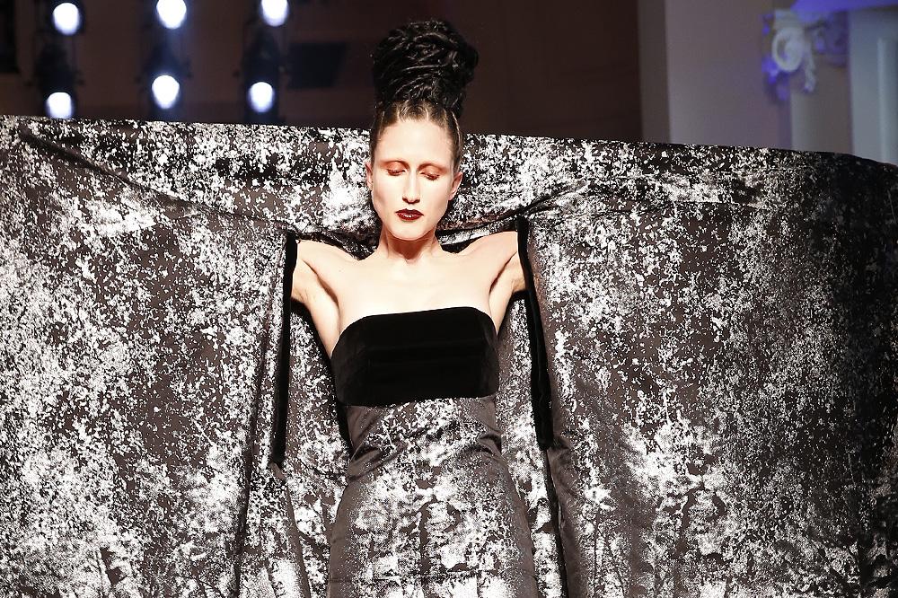 jean-paul-gaultier_Haute-couture-fw1617-paris-fashion-week_le-Mot-la-Chose_Stephane-Chemin-photographe-freelance_39