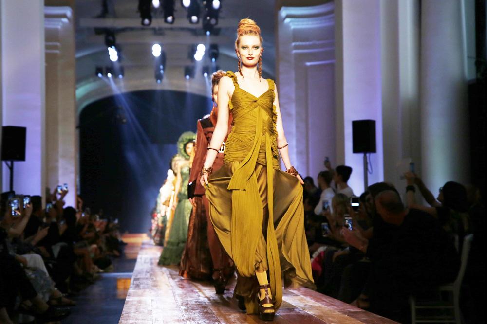 jean-paul-gaultier_Haute-couture-fw1617-paris-fashion-week_le-Mot-la-Chose_Stephane-Chemin-photographe-freelance_41
