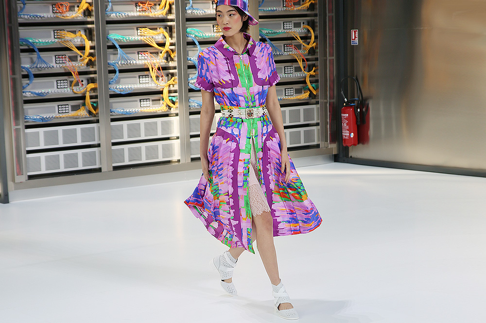 chanel_data-center-chanel_pfw-ss17_le-mot-et-la-chose_copyright-stephane-chemin_16