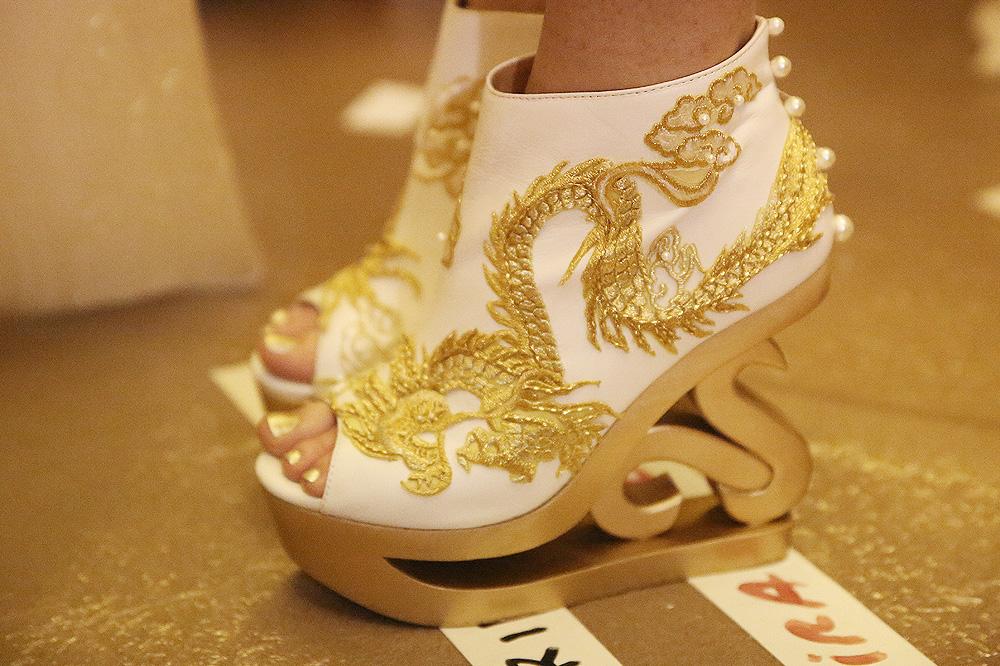 heaven-gaia_xiong-ying_pfw-ss17_le-mot-et-la-chose_copyright-stephane-chemin_17